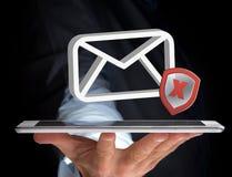 Σύμβολο ηλεκτρονικού ταχυδρομείου μηνυμάτων Spam που επιδεικνύεται σε μια φουτουριστική διεπαφή - Στοκ εικόνα με δικαίωμα ελεύθερης χρήσης