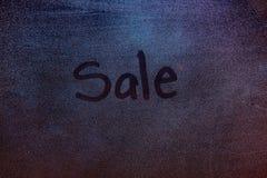 Σύμβολο πώλησης στο παγωμένο παράθυρο Στοκ Φωτογραφίες