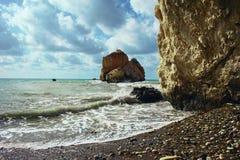 Σύμφωνα με τους αρχαίους μύθους αυτής της foamy θάλασσας τα κύματα γεννήθηκαν η θεά Aphrodite Στοκ Φωτογραφία