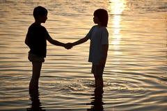 σύμφωνο φιλίας στοκ εικόνες