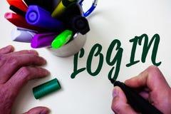 Σύνδεση κειμένων γραψίματος λέξης Επιχειρησιακή έννοια για το νόμο της εισόδου σε ένα αρχικό κίνημα απελευθέρωσης μελέτης καλλιτε Στοκ Εικόνες