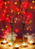 Σύνθεση, γυαλιά και κεριά Χριστουγέννων Στοκ εικόνες με δικαίωμα ελεύθερης χρήσης