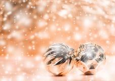 Σύνθεση διακοπών Χριστουγέννων στο θολωμένο υπόβαθρο με το διάστημα αντιγράφων στοκ φωτογραφίες