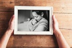 Σύνθεση ημέρας μητέρων Πλαίσιο εικόνων Ξύλινη ανασκόπηση Studi Στοκ Εικόνες