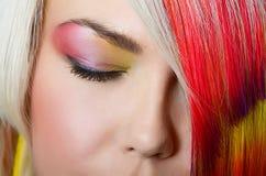 Σύνθεση ματιών μόδας με τη φωτεινή σκιά ματιών - μακρο βλαστός Στοκ εικόνα με δικαίωμα ελεύθερης χρήσης