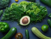 Σύνθεση με το αβοκάντο και τα λαχανικά Στοκ φωτογραφία με δικαίωμα ελεύθερης χρήσης