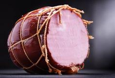 Σύνθεση με το κομμάτι του ζαμπόν Προϊόντα Meatworks στοκ φωτογραφίες με δικαίωμα ελεύθερης χρήσης