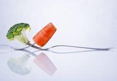 Σύνθεση μπρόκολου και καρότων Στοκ φωτογραφία με δικαίωμα ελεύθερης χρήσης