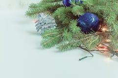 Σύνθεση των διακοσμήσεων Χριστουγέννων Στοκ Φωτογραφίες