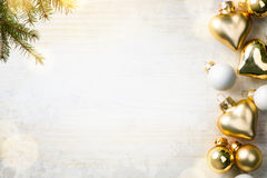 Σύνθεση Χριστουγέννων  Διακόσμηση Χριστουγέννων και δέντρο έλατου branche Στοκ εικόνα με δικαίωμα ελεύθερης χρήσης