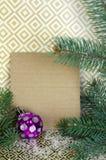 Σύνθεση Χριστουγέννων με ελεύθερου χώρου για τα συγχαρητήρια Spruc στοκ εικόνα με δικαίωμα ελεύθερης χρήσης