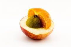Σύνθετα φρούτα που απομονώνονται στο άσπρο υπόβαθρο στοκ εικόνα με δικαίωμα ελεύθερης χρήσης