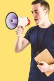 Σύνθετη εικόνα αρσενικό να φωνάξει εκπαιδευτών μέσω megaphone Στοκ φωτογραφία με δικαίωμα ελεύθερης χρήσης