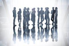 Σύνθετη εικόνα πολλών επιχειρηματιών που στέκονται σε μια γραμμή Στοκ Εικόνες