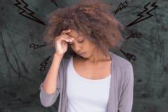 Σύνθετη εικόνα της γυναίκας με τον πονοκέφαλο απεικόνιση αποθεμάτων