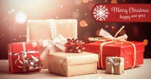 Σύνθετη εικόνα της Χαρούμενα Χριστούγεννας εμβλημάτων Στοκ Φωτογραφίες