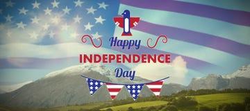 Σύνθετη εικόνα της ψηφιακά παραγμένης εικόνας του ευτυχούς κειμένου ημέρας της ανεξαρτησίας με τη διακόσμηση ελεύθερη απεικόνιση δικαιώματος