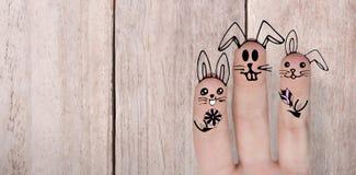 Σύνθετη εικόνα της ψηφιακά παραγμένης εικόνας των δάχτυλων που χρωματίζονται ως λαγουδάκι Πάσχας Στοκ φωτογραφία με δικαίωμα ελεύθερης χρήσης