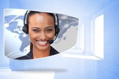 Σύνθετη εικόνα του κεντρικού πράκτορα κλήσης στην αφηρημένη οθόνη Στοκ φωτογραφία με δικαίωμα ελεύθερης χρήσης