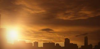 Σύνθετη εικόνα του μπλε ουρανού με τα άσπρα σύννεφα στοκ φωτογραφίες