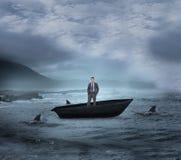Σύνθετη εικόνα του σκεπτόμενου επιχειρηματία sailboat Στοκ εικόνα με δικαίωμα ελεύθερης χρήσης