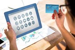 Σύνθετη εικόνα του τηλεφώνου με το εικονίδιο apps Στοκ εικόνα με δικαίωμα ελεύθερης χρήσης