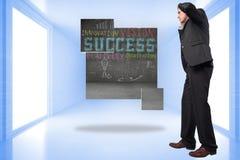 Σύνθετη εικόνα του τονισμένου επιχειρηματία με τα χέρια στο κεφάλι Στοκ φωτογραφίες με δικαίωμα ελεύθερης χρήσης