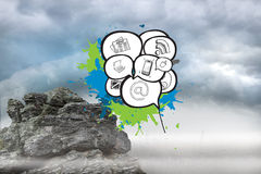 Σύνθετη εικόνα των apps στις φυσαλίδες λόγου στους παφλασμούς χρωμάτων Στοκ Εικόνες