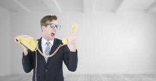 Σύνθετη εικόνα geeky να φωνάξει επιχειρηματιών στο τηλέφωνο Στοκ εικόνες με δικαίωμα ελεύθερης χρήσης