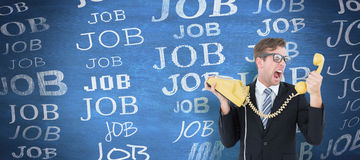 Σύνθετη εικόνα geeky να φωνάξει επιχειρηματιών στο τηλέφωνο Στοκ φωτογραφίες με δικαίωμα ελεύθερης χρήσης