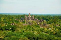 Σύνθετη, εναέρια άποψη ναών Wat Angkor η Καμπότζη συγκεντρώνει siem Μεγαλύτερο θρησκευτικό μνημείο στον κόσμο 162 6 εκτάρια στοκ φωτογραφίες