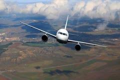 Σύννεφα αεροπλάνων στο μπλε υποβάθρου φύσης αεροπλάνων Στοκ εικόνα με δικαίωμα ελεύθερης χρήσης