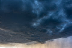 Σύννεφα βροχής Στοκ Φωτογραφίες