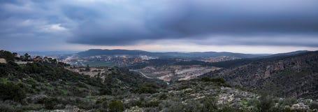 Σύννεφα θύελλας πέρα από Isreal στοκ εικόνα με δικαίωμα ελεύθερης χρήσης