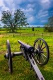 Σύννεφα θύελλας πέρα από ένα πυροβόλο σε Gettysburg, Πενσυλβανία Στοκ φωτογραφίες με δικαίωμα ελεύθερης χρήσης