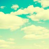 Σύννεφα και ουρανός, εκλεκτής ποιότητας αναδρομικό ύφος Στοκ Εικόνες