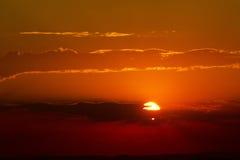 Σύννεφα και sunst Στοκ φωτογραφία με δικαίωμα ελεύθερης χρήσης