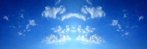Σύννεφα μπλε ουρανού, μπλε ουρανός με τα σύννεφα Στοκ Εικόνες