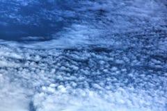 Σύννεφα μπλε ουρανός Στοκ Εικόνες