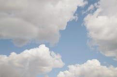 σύννεφα ονειροπόλα Στοκ Φωτογραφίες