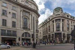 Σύννεφα πέρα από την οδό αντιβασιλέων, πόλη του Λονδίνου, Αγγλία, Μεγάλη Βρετανία Στοκ φωτογραφίες με δικαίωμα ελεύθερης χρήσης