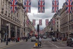 Σύννεφα πέρα από την οδό της Οξφόρδης, πόλη του Λονδίνου, Αγγλία, Μεγάλη Βρετανία Στοκ Εικόνες