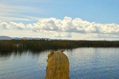Σύννεφα πέρα από τη λίμνη Titicaca Στοκ φωτογραφία με δικαίωμα ελεύθερης χρήσης