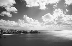 σύννεφα πέρα από τη θάλασσα Στοκ Εικόνα