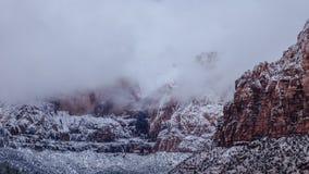 Σύννεφα πέρα από το εθνικό πάρκο Zion, Γιούτα Στοκ φωτογραφίες με δικαίωμα ελεύθερης χρήσης