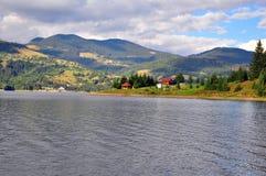 Σύννεφα πέρα από Colibita Στοκ εικόνα με δικαίωμα ελεύθερης χρήσης