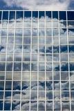 Σύννεφα που απεικονίζονται στα Windows Στοκ Εικόνα