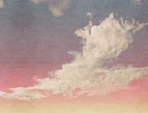 Σύννεφα σε έναν κατασκευασμένο Στοκ εικόνες με δικαίωμα ελεύθερης χρήσης