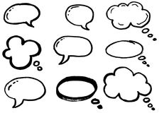 Σύννεφα σκέψης Doodle, φυσαλίδες κινούμενων σχεδίων συνομιλίας Συρμένο χέρι σύνολο Στοκ Εικόνες