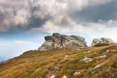 Σύννεφα στα βουνά Στοκ φωτογραφίες με δικαίωμα ελεύθερης χρήσης